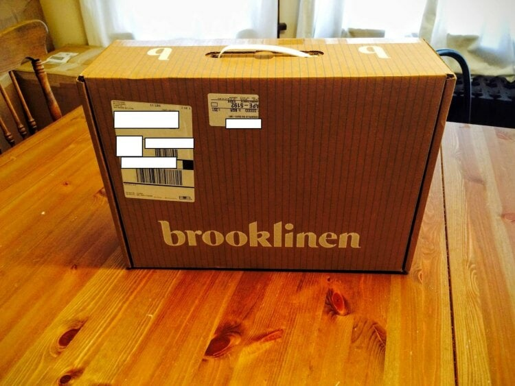 brooklinen sheets box