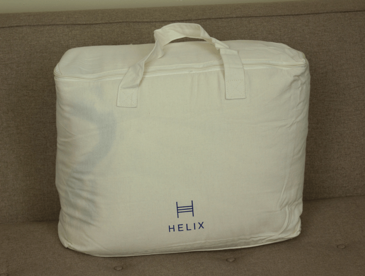 helix weighted blanket carry case